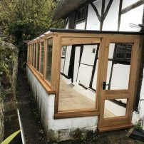 Oak conservatory - East Hagbourne