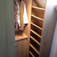 Walk in wardrobe Sutton Courtenay
